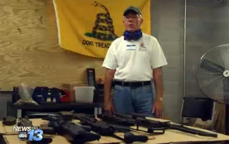 Video: Tea Party hosts 'Machine Gun Social'