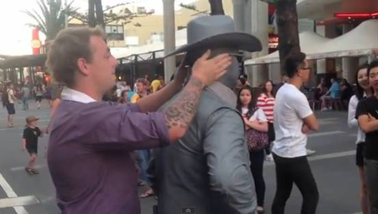 This Is What Happens When You Bully A Street Performer