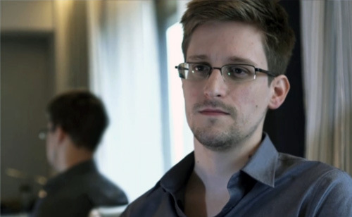 Snowden Releases A Letter To The President Of Ecuador