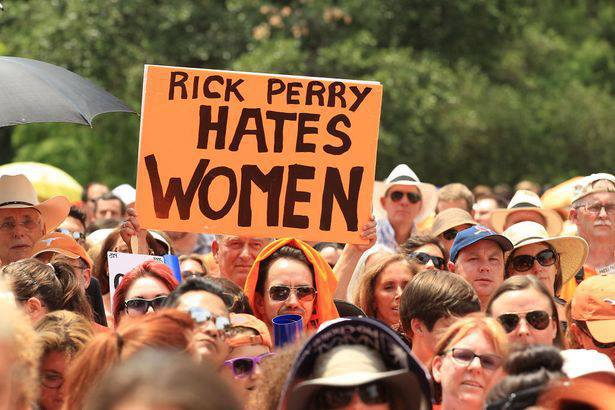 Photos From The Pro-Choice Rally In Austin Texas 7/1/13