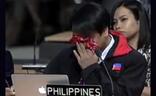 Tearful Speech By Philippines Man After Super-Typhoon Haiyan (VIDEO)