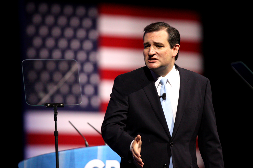 All Hell Breaks Loose On Ted Cruz's FB Page As Conservatives Go On The Attack