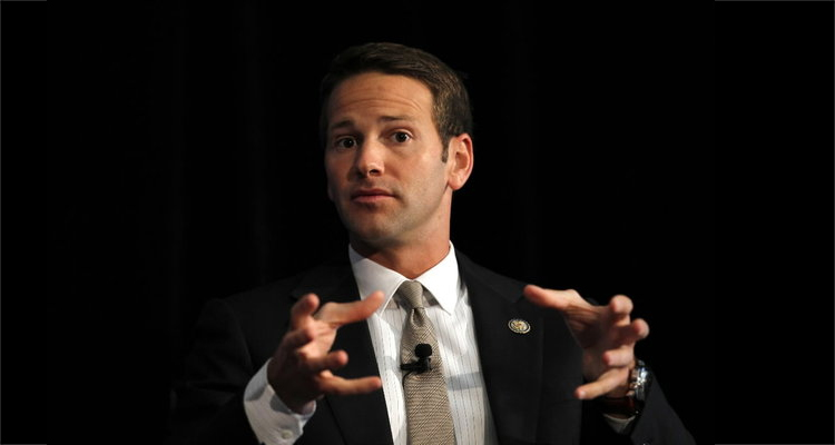 Scandal-Prone Rep. Aaron Schock Resigns From Congress