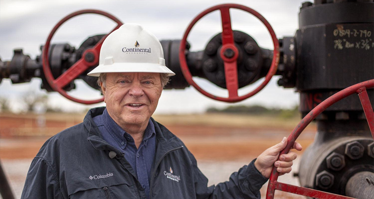 Billionaire Oil Tycoon Flips-Out – Demands Scientists Researching Fracking Be Fired