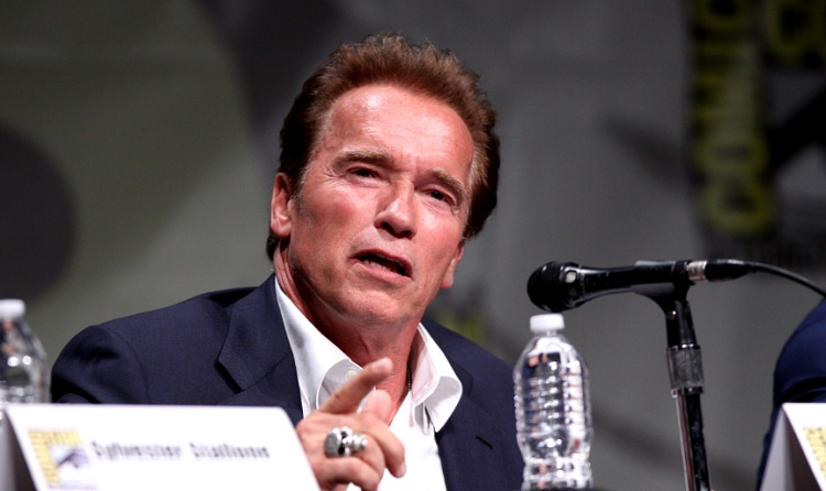 Arnold Schwarzenegger Stumps Climate Change Deniers With One Pro-Life Question