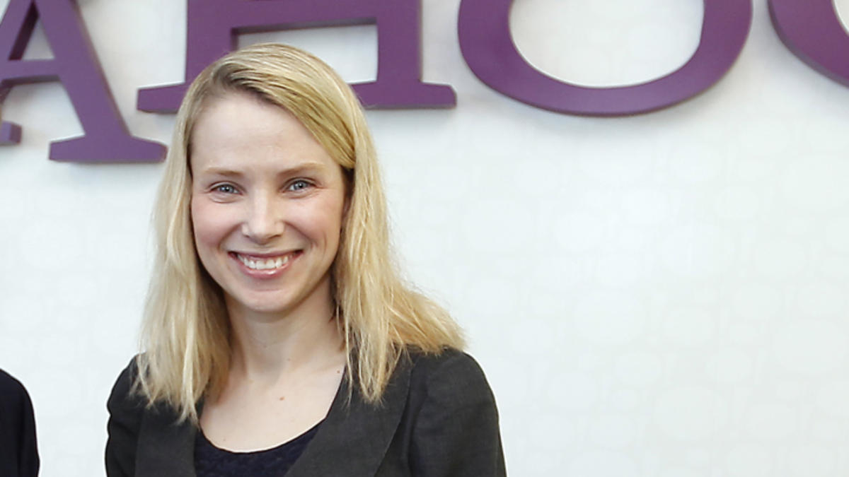 Man Sues Yahoo! Says He Was Fired Because He's Male