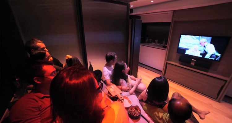 Tiny-Home-Theater
