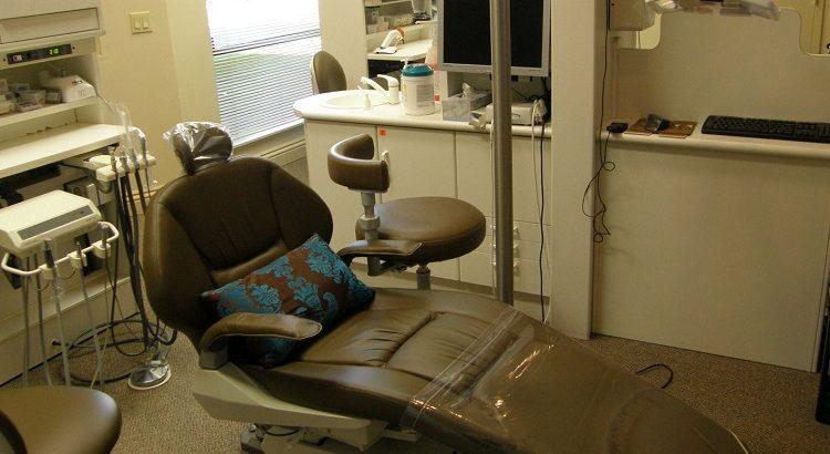 Florida Women Ask Dentist For Gynecology Checkups, Say Legislators Sent Them