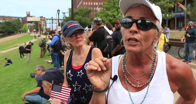 Trump Supporters In Cleveland Call For Clinton's Execution – Video