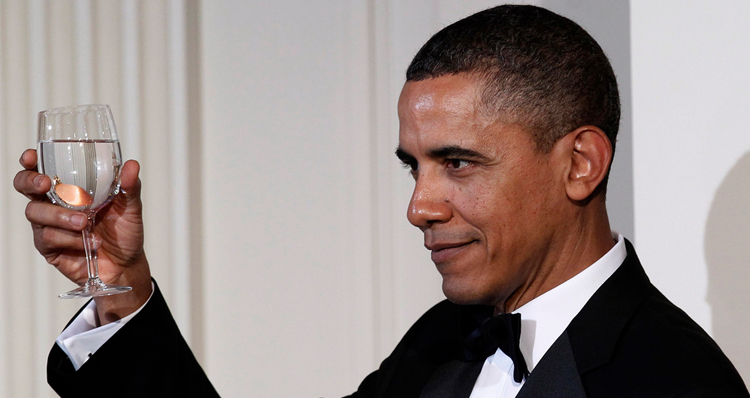 Obama's Latest Approval Rating On A Par With Reagan's In 1988 – Video