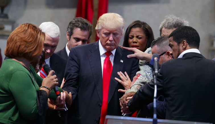 White House Bible Study Pastor Says It's Sinful For Women With Children To Serve In Congress