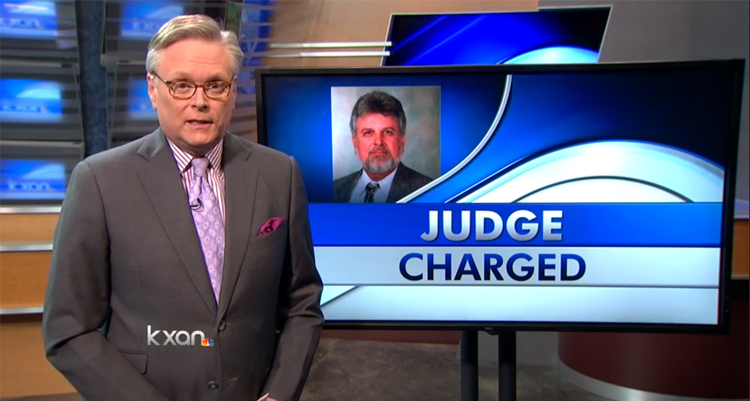 Texas Judge Indicted For Smuggling Guns Across Mexico Border – VIDEO