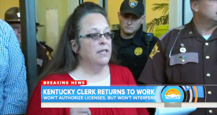 Kim Davis Says She Won't Stop Deputies From Issuing Marriage Licenses – VIDEO