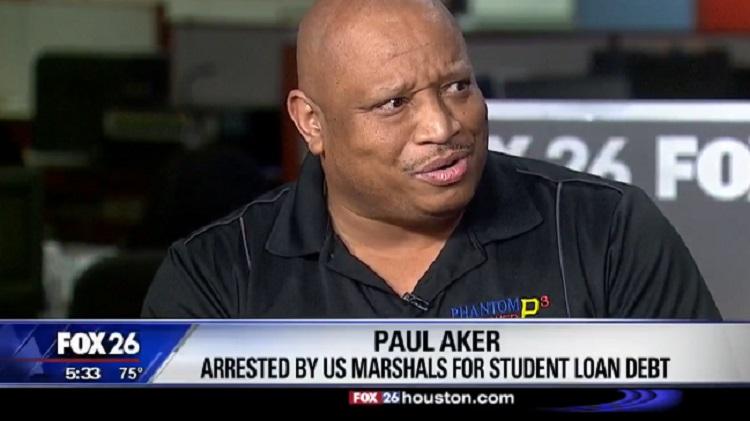 U.S. Marshals In Combat Gear Arrest Man For Outstanding College Debt – Video
